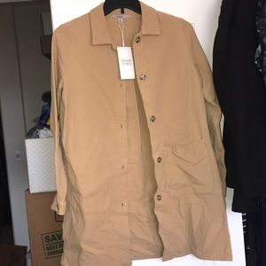 NEW ZARA TRAFALUC TRENCH COAT IN MUSTARD.
